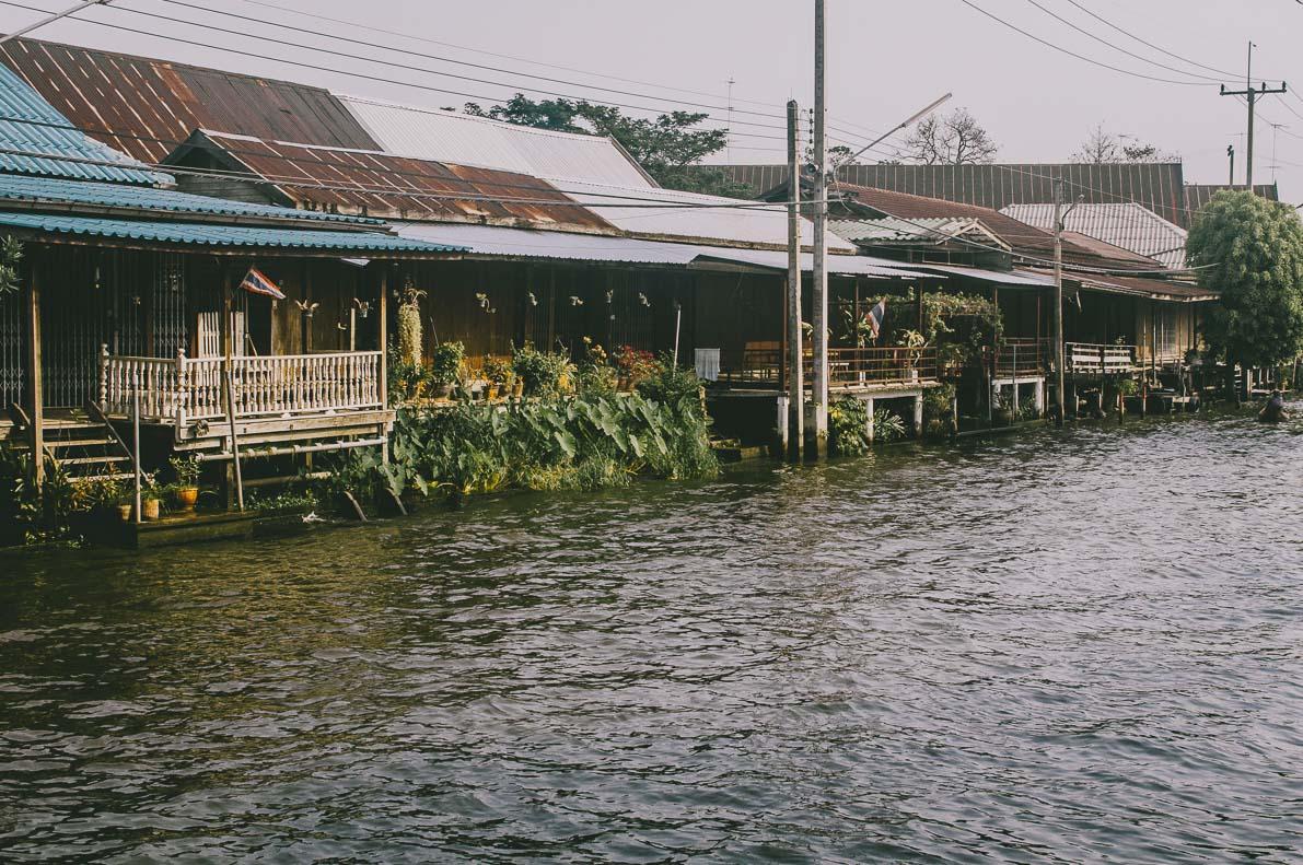 Floating-market-Damnoen-Saduak kanały wokół miasta