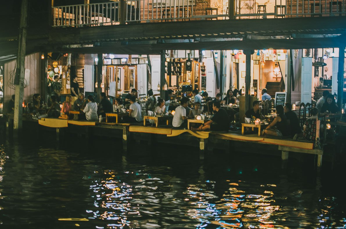 Floating-market-Amphawa