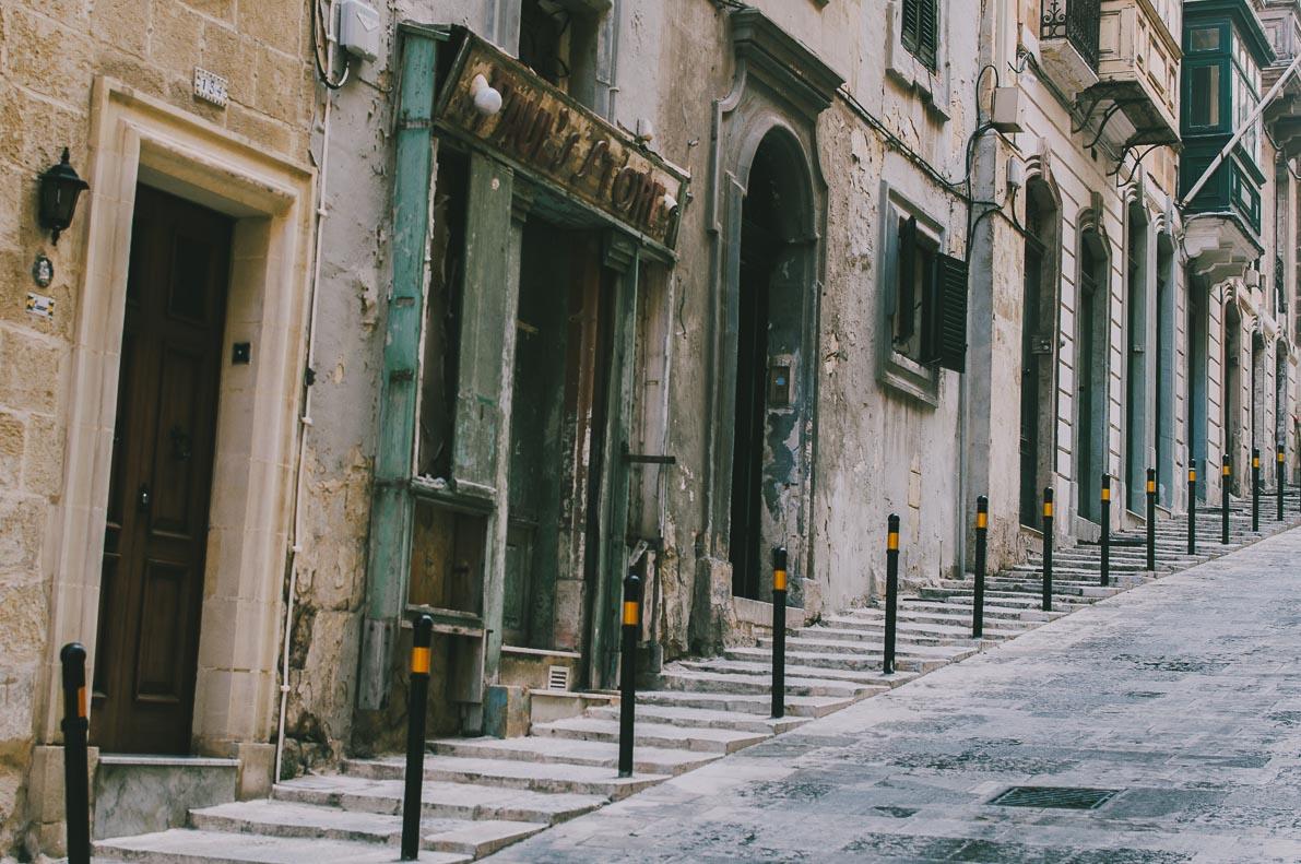 Valletta-stolica-Malty uliczki