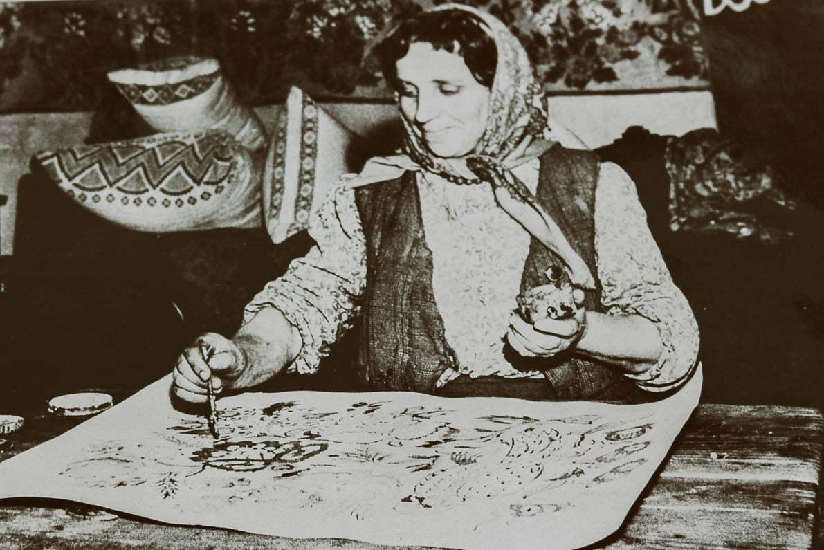 Zalipie - Felicja Curyłowa przy pracy