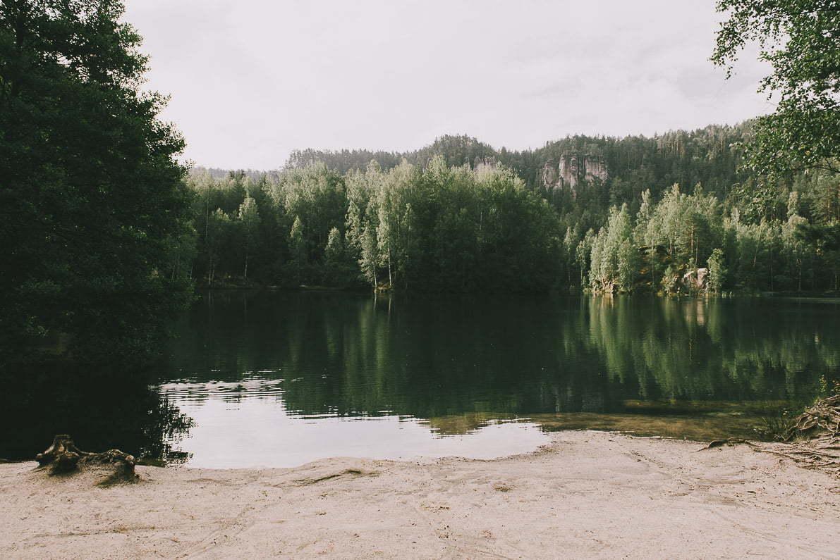 Skalne Miasto Adrspach wCzechach - jeziorko