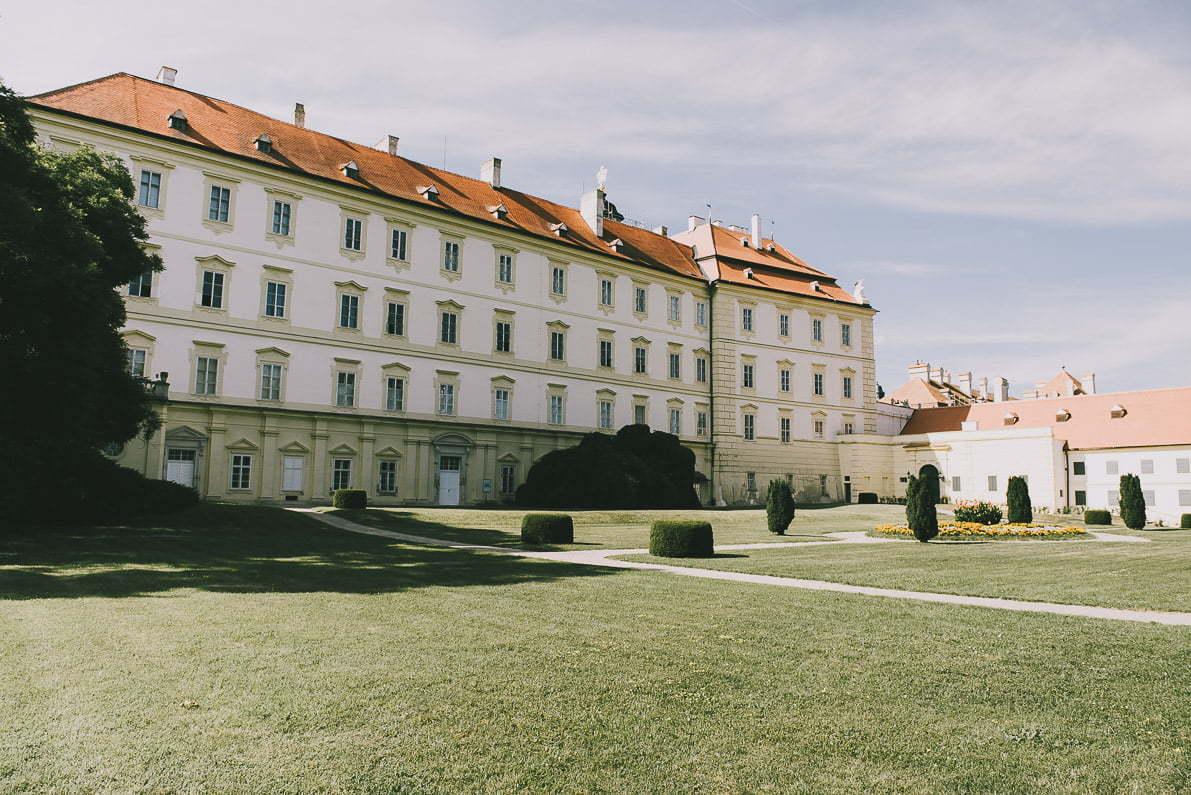 Morawy Południowe wCzechach - Zamek Valtice
